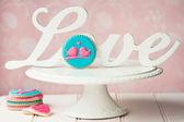 Lovebird cookies — Stock Photo