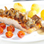 Grilled salmon — Stock Photo #7587844