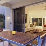 Modern backyard and living room — Stock Photo #22295203