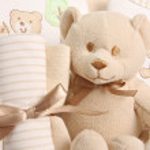 Baby gift basket — Stock Photo #11287160