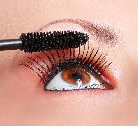 化妆、 睫毛膏,眼睛与长长的睫毛的应用_高清图片_邑石网
